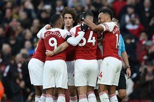 Hủy diệt Fulllham, Arsenal rút ngắn khoảng cách với top 4