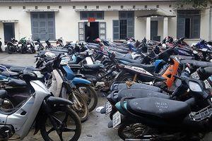 Thu giữ hơn 71 xe máy tại hiệu cầm đồ trái phép