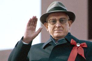 Lãnh đạo Liên Xô, Yuri Andropov với công cuộc 'giải cứu Liên bang Xôviết': Những nỗ lực uổng phí