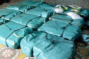 Truy nã đặc biệt 9X trong vụ vận chuyển 300 kg ma túy đá