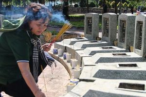 Về Tân Biên thăm nơi yên nghỉ của hơn 14.000 người con ưu tú