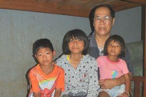 Người cha của hơn 100 trẻ mồ côi