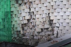 Tường thành biệt thự 5 sao ở Nha Trang sập lở, đe dọa cuộc sống người dân