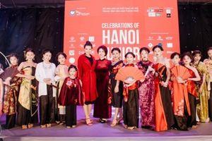 300 mẫu nhí trình diễn cực đỉnh ở 'Tuần lễ Liên hoan thời trang thiếu nhi Hà Nội'