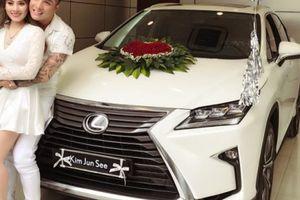 Cầu hôn hot girl, ca sĩ Lâm Chấn Khang mạnh tay mua Lexus RX hơn 4 tỷ
