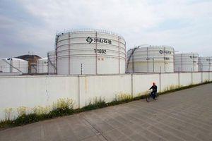 Giá dầu tăng mạnh nhờ triển vọng giải quyết bất đồng thương mại Mỹ - Trung