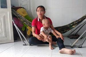 Vụ đánh sưng má bé 19 tháng tuổi: Cháu bé còn giật mình và hoảng loạn
