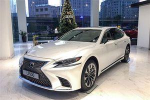 XE HOT (4/1): Bảng giá xe Nissan tháng 1, Lexus LS 500 giá từ 7,08 tỷ ở VN