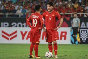 HLV Park chọn tiền vệ đá Asian Cup: Dùng ai cũng khó
