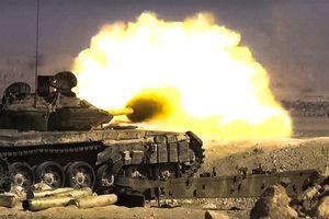 Pháo binh, tên lửa Syria đánh phá ác liệt chiến tuyến của quân nổi dậy ở Hama