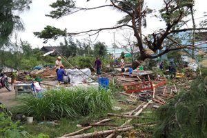 Lốc xoáy lúc rạng sáng khiến 6 người ở Bạc Liêu bị thương