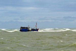 Bình Định: Cứu nạn thành công 10 ngư dân trên tàu cá BĐ 99047 TS