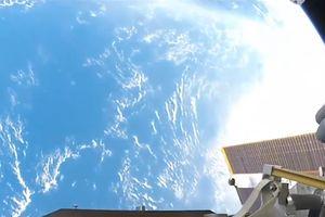 Góc nhìn tuyệt đẹp để ngắm Trái Đất từ Trạm Vũ trụ Quốc tế