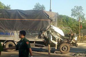 Tai nạn xe tải liên hoàn khi dừng đèn đỏ, 8 người bị thương