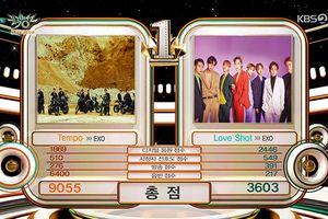 Khoảnh khắc 'dở khóc dở cười': EXO đánh bại… EXO để giành chiến thắng