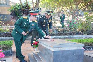 Thắp sáng ngọn lửa tri ân Quân tình nguyện Việt Nam