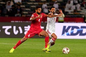 Sai sót của trọng tài và màn trình diễn đáng thất vọng của UAE mở màn Asian Cup 2019
