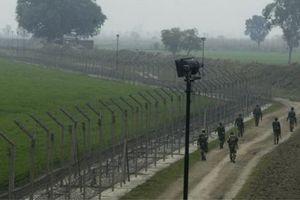Ấn Độ lắp hàng rào laser ở biên giới Pakistan