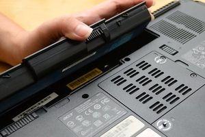Làm thế nào để pin laptop dùng được lâu hơn?