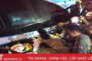 Lật xe buýt du lịch ở Thái Lan: 6 người chết, 50 người bị thương