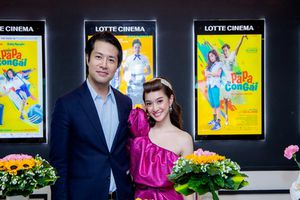 Kaity Nguyễn cùng đại gia đình 'Hồn Papa Da Con Gái' quậy hết mình trong buổi fan-offline riêng
