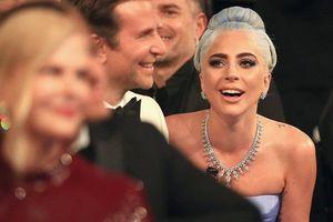 Quả Cầu Vàng 2019 gọi tên Olivia Colman và Lady Gaga