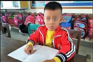 Cô giáo tát học sinh chảy máu tai bị đình chỉ