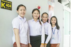 Hỗ trợ đào tạo đại học cho Lào và Campuchia