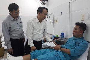 Bộ trưởng Phùng Xuân Nhạ gửi lời thăm hỏi, động viên thầy trò gặp nạn trên đèo Hải Vân