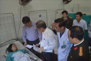Hỗ trợ các nạn nhân vụ xe khách rơi xuống vực ở đèo Hải Vân