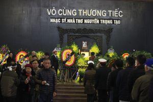 Tiễn đưa nhạc sỹ, nhà thơ Nguyễn Trọng Tạo trở về 'dòng sông quê hương'