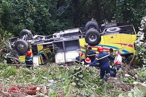 Xem xét khởi tố vụ xe khách chở sinh viên gặp nạn trên đèo Hải Vân