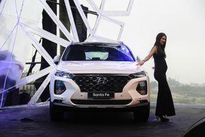 Hyundai Santa Fe 2019 ra mắt tại VN, giá thấp nhất 995 triệu đồng