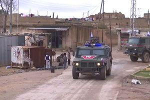Quân Nga xuất hiện: Thổ ngậm ngùi 'việt vị' thành Manbij
