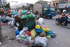 Dân chặn xe rác một ngày, Đà Nẵng ùn ứ cả ngàn tấn rác