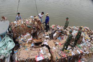 Đồn Biên phòng cửa khẩu Long Bình bắt giữ 14 tấn phế liệu nhập lậu