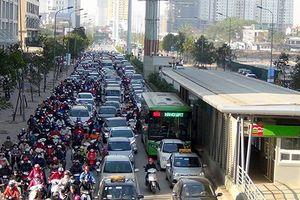 Sẽ xử nghiêm xe cá nhân lấn làn buýt nhanh BRT