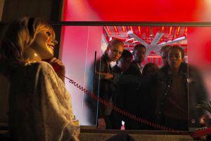 'Căn phòng tử thần': Sáng tạo, kịch tính, nhưng chưa đủ hù dọa
