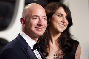 Khối tài sản 137 tỷ USD sắp chia với vợ của Jeff Bezos gồm những gì?