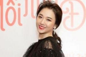 Hari Won đốn tim khán giả khi trình diễn ca khúc nhạc phim 'Mối tình đầu của tôi'