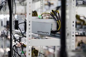 Bộ đôi sáng lập Bitmain rời ghế CEO doanh nghiệp