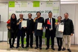 Nhóm tác giả Sở Y tế Đắk Lắk nhận nhiều giải thưởng sáng tạo phần mềm khoa học
