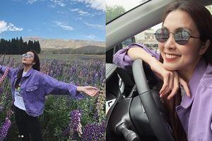 Tăng Thanh Hà khoe nụ cười 'vàng mười' lái xe khám phá thiên nhiên