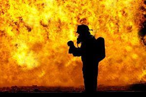 Cháy chung cư tại miền Tây Nam Pháp, nhiều người bị thương