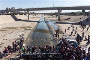 Mexico phát hiện hàng chục thi thể bị cháy gần biên giới Mỹ