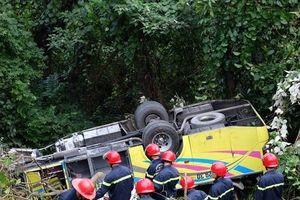 Khởi tố lái xe trong vụ xe khách chở sinh viên lật ở đèo Hải Vân