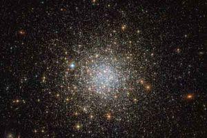Ngắm cụm sao hình cầu 1466 rực rỡ trong hình ảnh mới