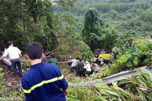 Thừa Thiên - Huế: Khởi tố tài xế xe chở đoàn sinh viên lao xuống vực
