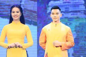 Diện áo dài, cô giáo showbiz nhí Đinh Hương khoe sắc cùng dàn Hoa hậu
