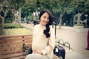Nhã Phương thừa nhận mang bầu, dự kiến sinh vào tháng 2/2019